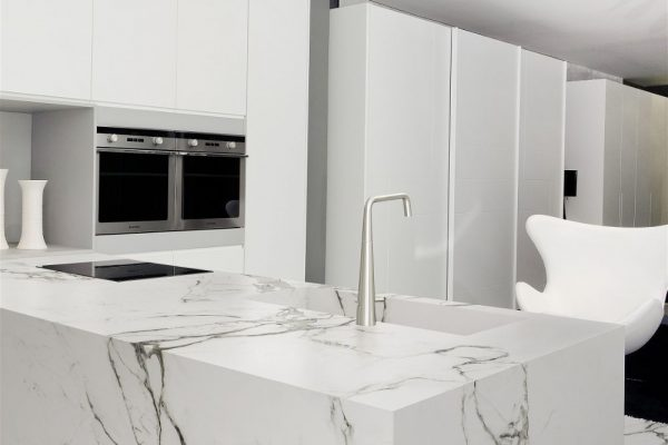 Aura15 Dekton Kitchen Countertop