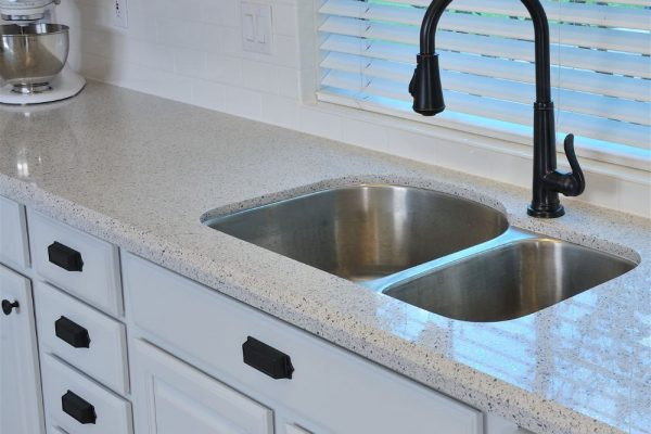 White Platinum Silestone Kitchen Countertop