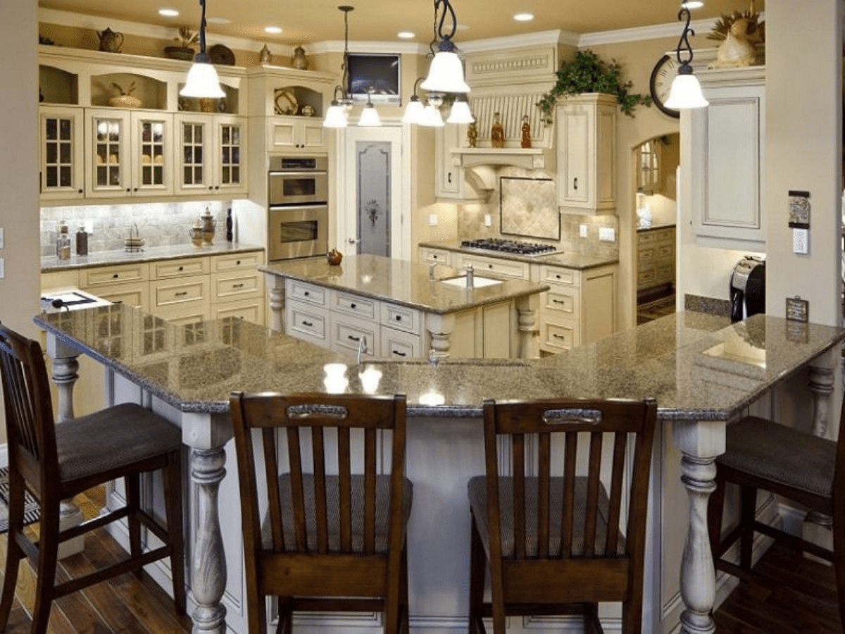 g shaped peninsula kitchen