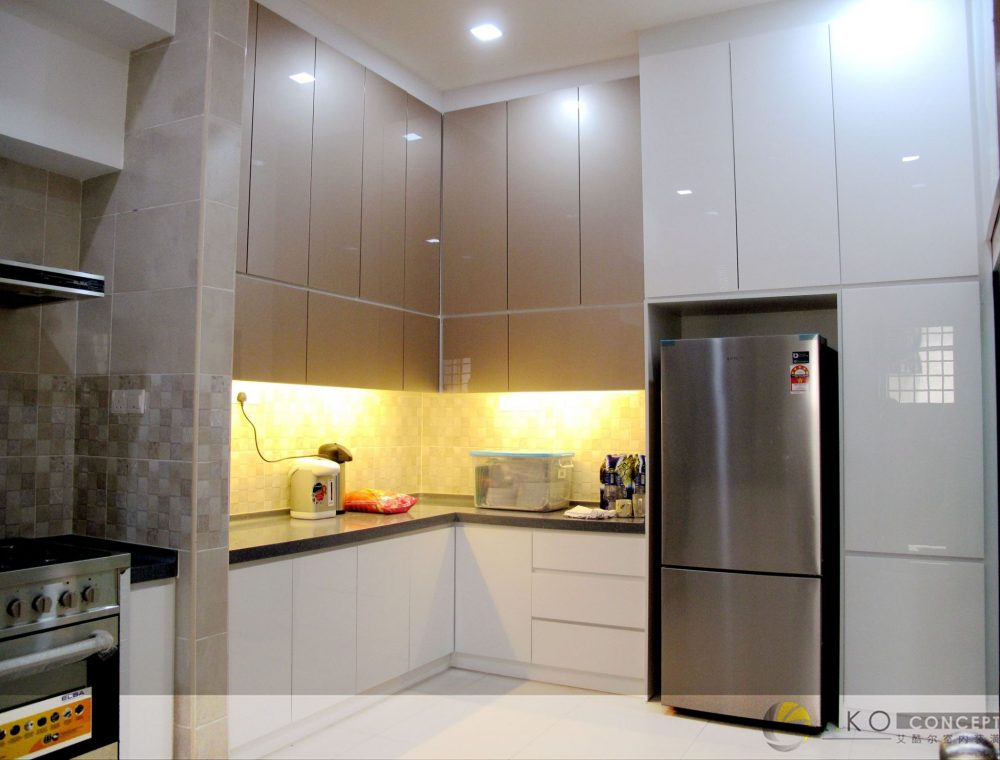 Ceiling height kitchen cabinets