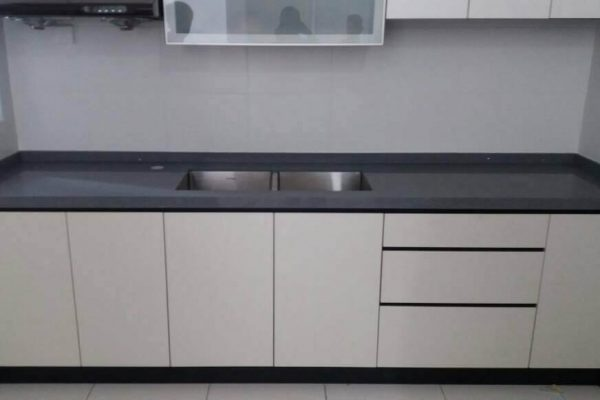 Setia Tropika - Quartz Kitchen Top