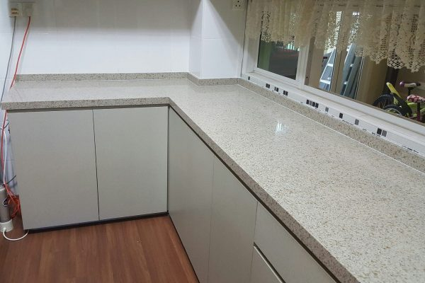 Taman Bukit Indah - Quartz Kitchen Top 02