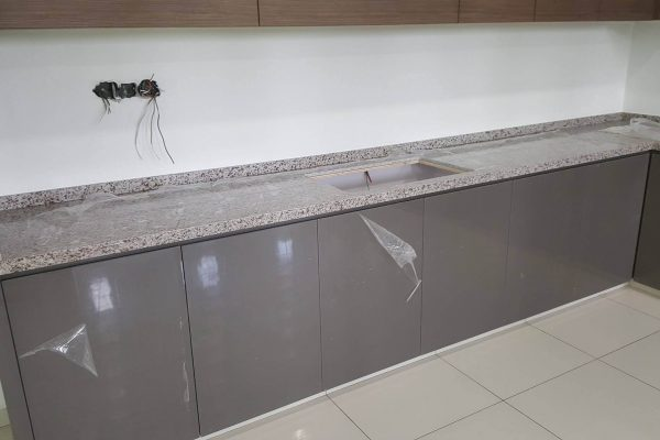 Taman Mutiara Rini - Quartz Kitchen Top 03